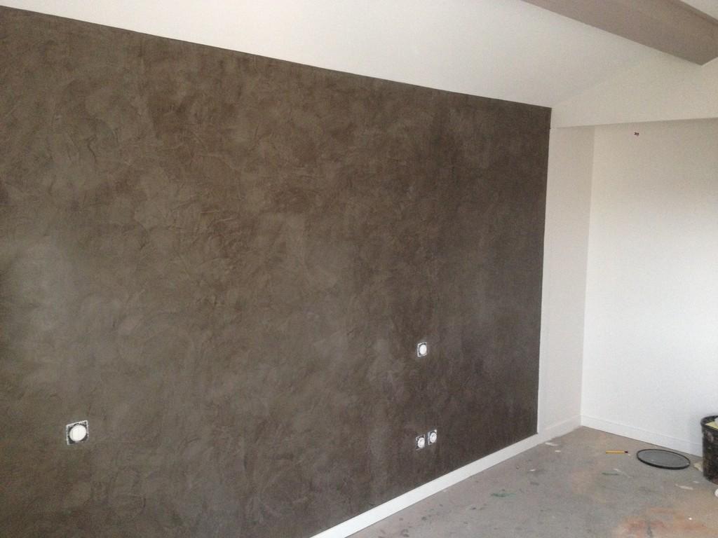Lapierre peinture le stucco for Peinture enduit interieur